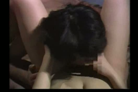 中国エロパロAV。牢の中から美巨乳美女のセックスを見るw