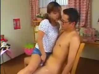 【長瀬愛】「お兄ちゃん、おちんちんおっきくなってるよ」近親相姦セックス